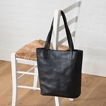 Tall Tote Handtasche von GiGi New York Black