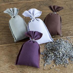 4 Lavendelsäckchen