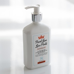 Pearl Lux Hydrating Body Lotion 248 ml