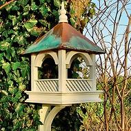Großes Vogelhaus