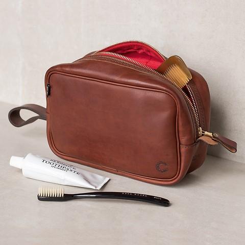 Croots Vintage Leather Washbag Port