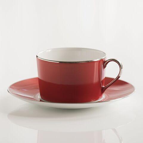 Porcelaine de Limoges Tasse mit Untertasse Himbeerrot