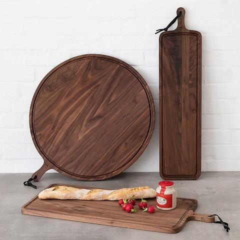 servierbrett aus walnussholz bei. Black Bedroom Furniture Sets. Home Design Ideas