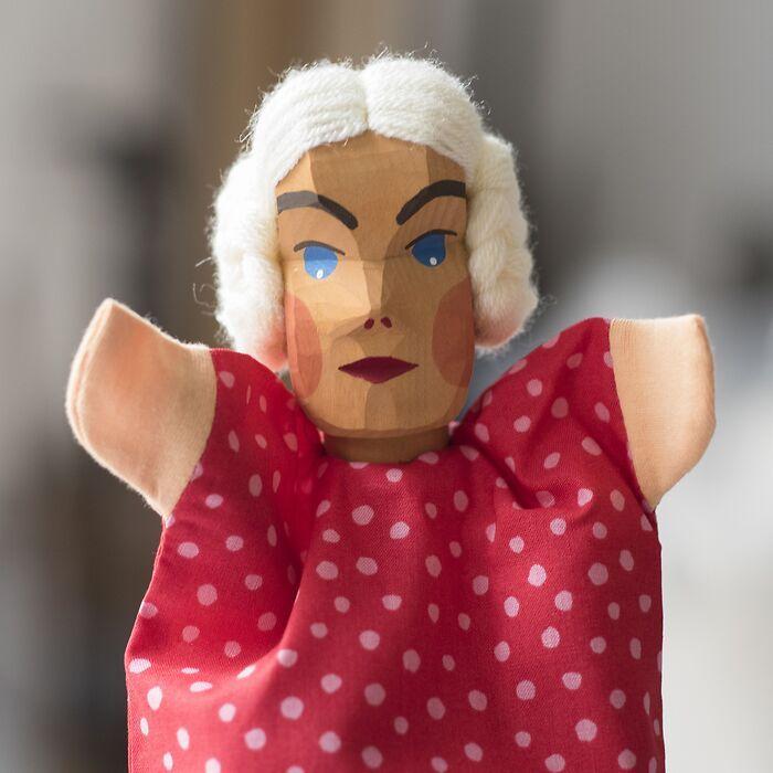 Sievers-Hahn Handpuppe Gretel