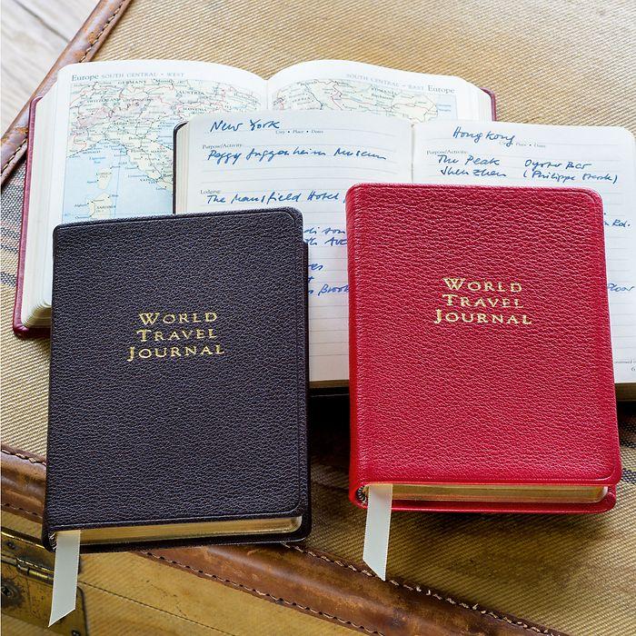 'World Travel Journal' braun