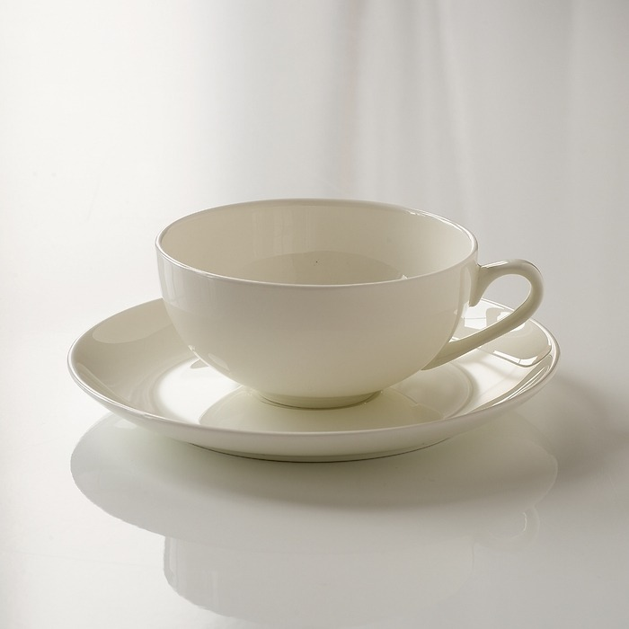 Torquato Fine Bone China Teetasse mit Untertasse
