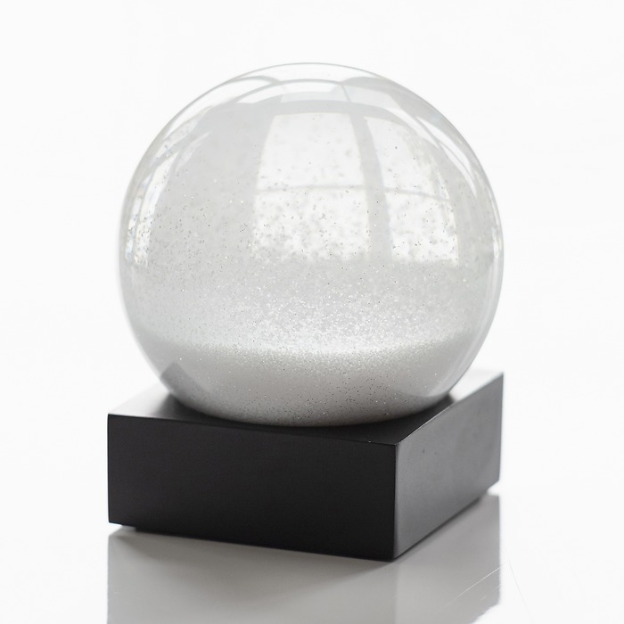 Schneekugel Snowball