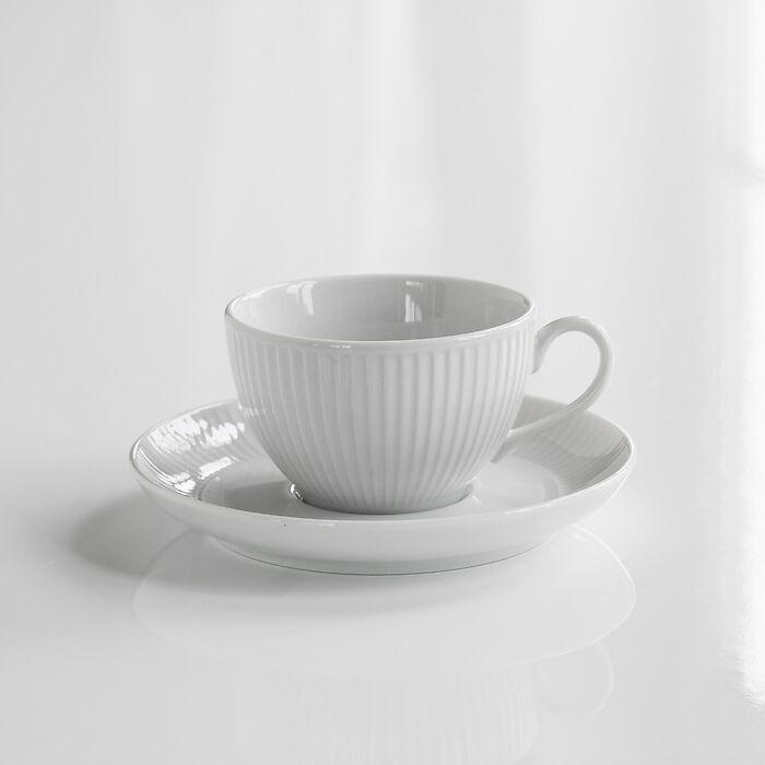 Pillivuyt Plissé Teetasse mit Untertasse