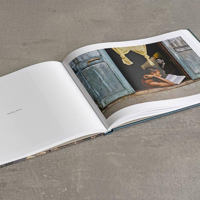 Buch: LESEN von Steve McCurry
