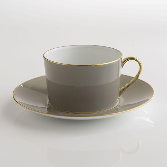 Porcelaine de Limoges Tasse mit Untertasse Perlgrau