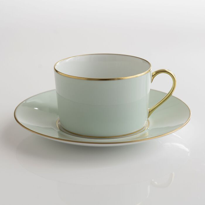 Porcelaine de Limoges Tasse mit Untertasse Hellgrün