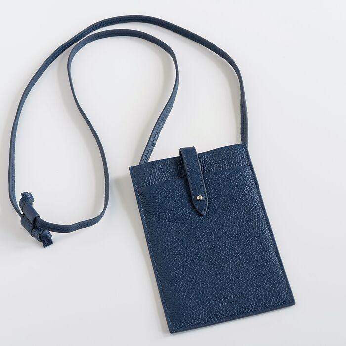 Chi Chi Fan x Torquato Smart Bag Pilot