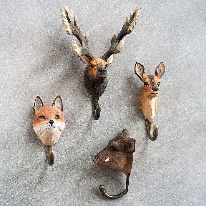 Handgeschnitzter Kleiderhaken Wildtiere