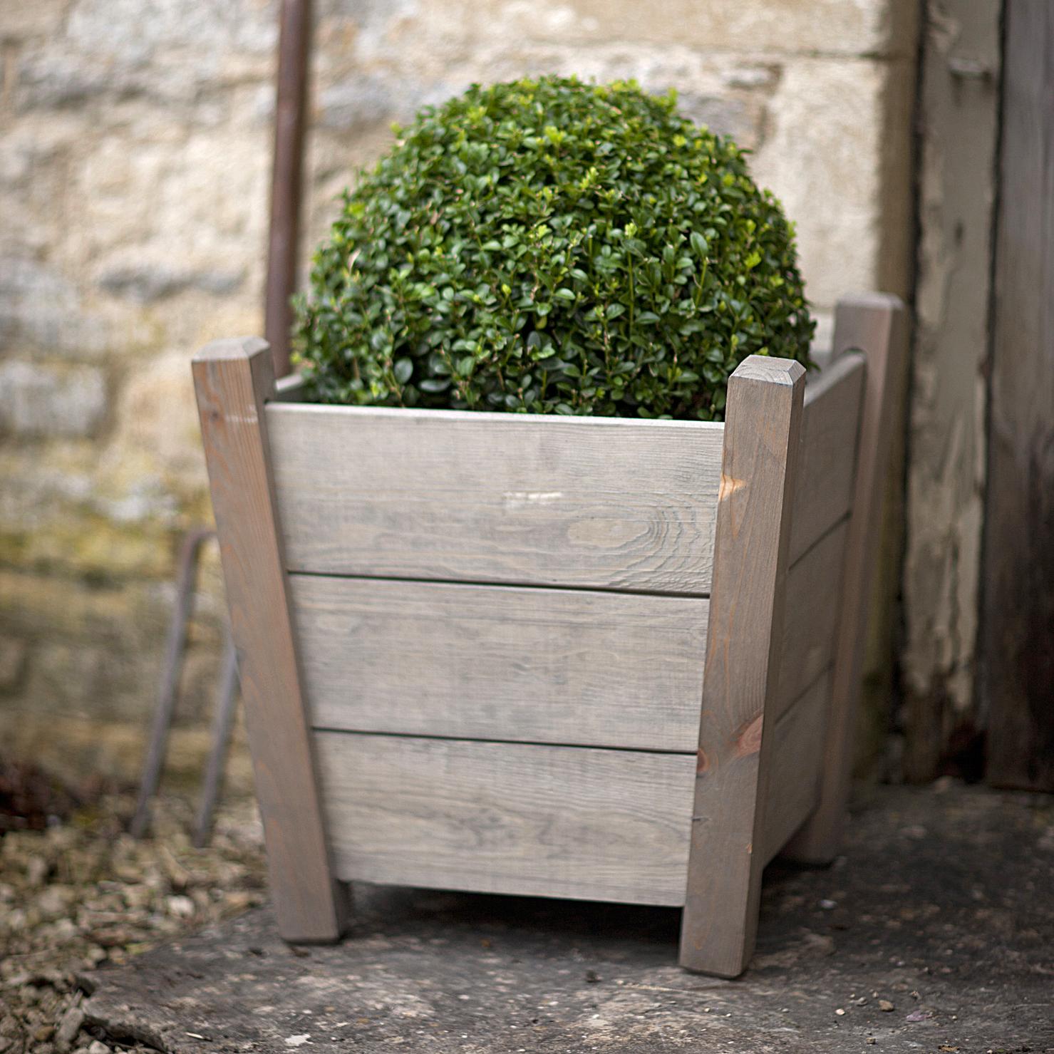 Pflanzkübel für den Garten bei Torquato.de kaufen
