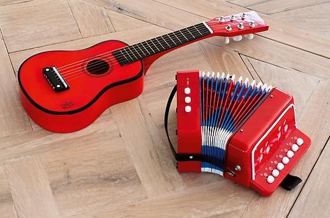 Für Kinder: Gitarre und Akkordeon