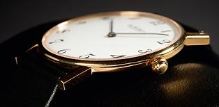 Ole Mathiesen Armbanduhr OM3 gold