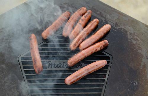 Maister BBQ: Nachhaltiges Grillen mit Maiskohle