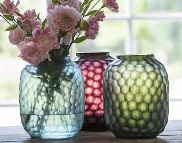 Mehr als nur Vasen: Bambola von Guaxs